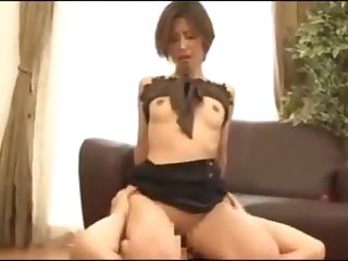 Asian milf facesitting 1