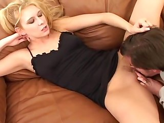Slutty Blond Milf Begs For Huge Facial