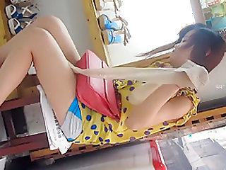 Chinese girl upskirt part 2
